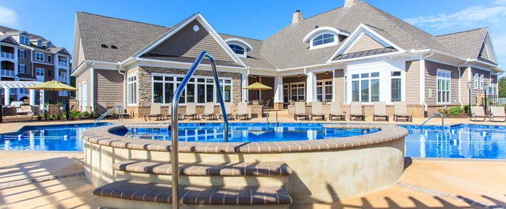 Harrisonburg Apartments with Pool